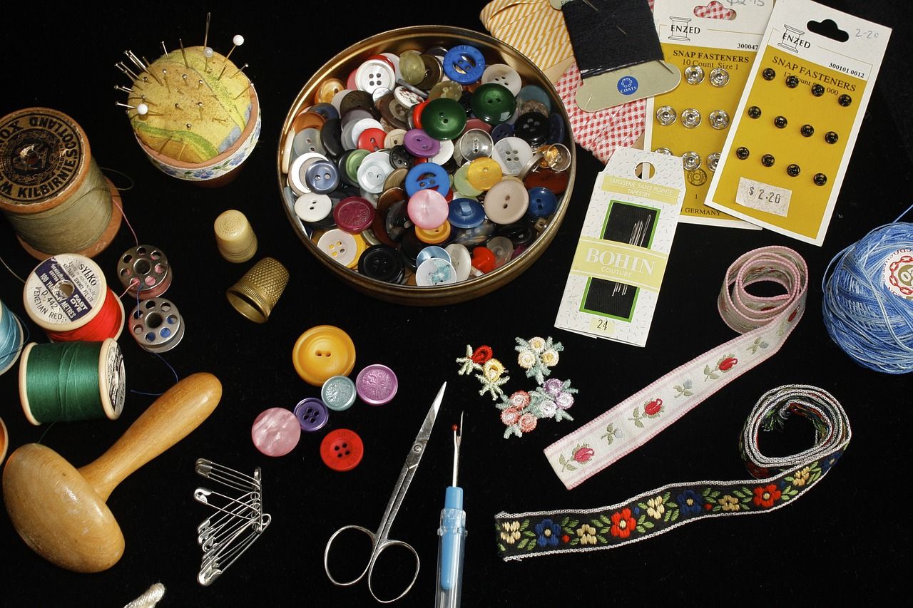 sewing-955333_1280